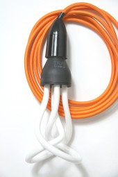 ZZ. 3m cloth cord + fixture + plug. Orange with black.